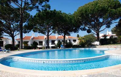 Photo for 3 Bedroom Holiday House - Lakeside Village Quinta Do Lago