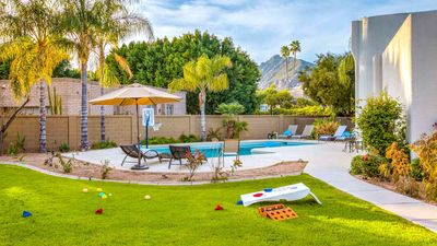 Photo for Huge 8 bedroom Home! Walk to Old Town Scottsdale!