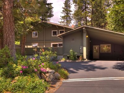 Photo for Walk to Lake and Skylandia Beach, close to Tahoe City! Fenced Yard, Summer Cottage.