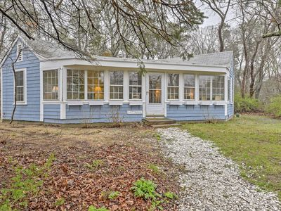 Photo for Quaint Eastham Cottage w/Patio-Mins to the Shore!