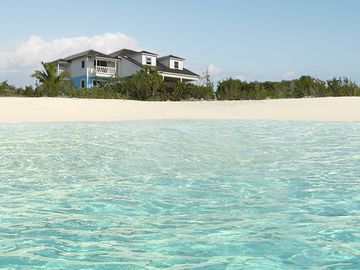 'The Blue House' a spacious beach front home with magnificent views.