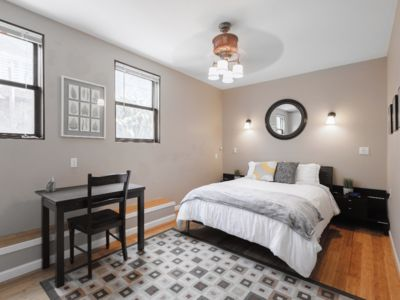 Photo for Roomy Alameda Flat in a Histroic Victorian