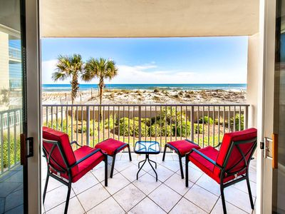Photo for Gulf FRONT w/ Pool⭐Beach Service⭐Inspected & Disinfected⭐3BR Island Princess 200