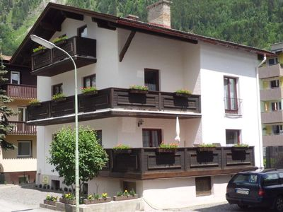 Photo for Holiday apartment Bad Hofgastein for 4 - 6 persons with 2 bedrooms - Holiday apartment