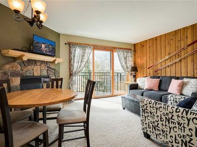 Photo for SL206 by Pioneer Ridge: Located on Mtn by trails  & ski slopes + Pool / Hot Tub onsite