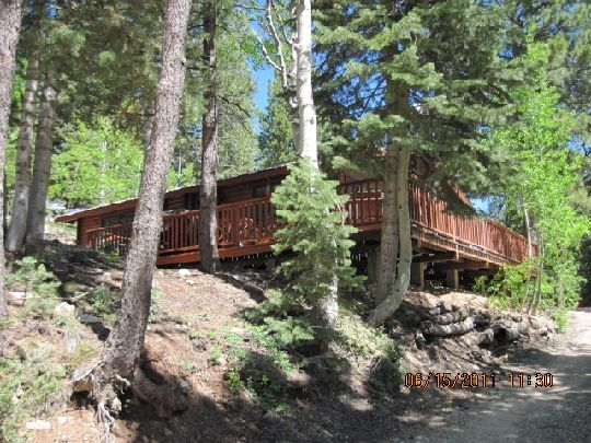 Cozy lovely and relaxing real log cabin c vrbo for Cabin rentals vicino a brian head utah