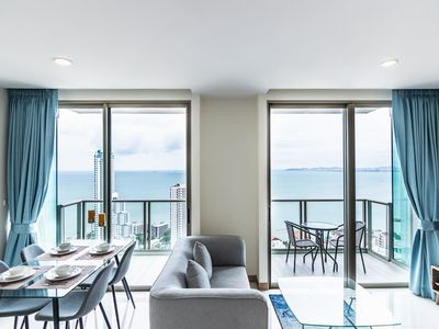 Photo for ⭐Large 2BR on 37Fl⭐Epic Sea View⭐Luxury Facilities - Muang Pattaya