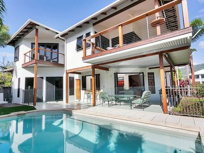 Photo for Beachcomber Holiday House with ocean views