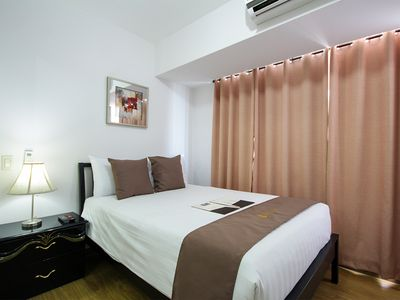 Photo for SIGLO SUITES @ ACQUA 1BR Superior Sutherland 3901