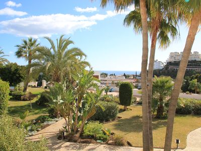 Photo for Luxurious, stylish and spacious apartment in Miraflores Golf Gardens