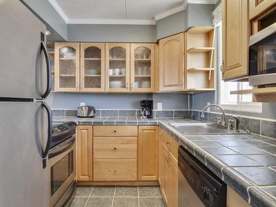Photo for FREE DAILY ACTIVITIES!!! FREE WIFI!!! Beautiful 2 bedroom, 2 bath unit in Wight Bay.  Great mid-town location!