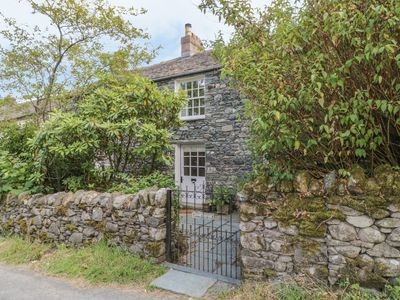 Photo for STAIR COTTAGE, family friendly, with open fire in Keswick, Ref 972594