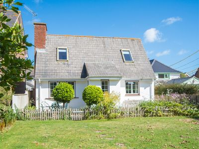 Photo for 2 bedroom Cottage in Bembridge - IC042