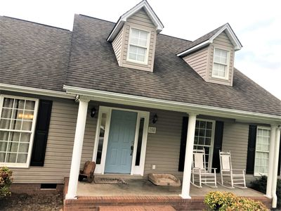 Photo for Single Family Home with Huge Backyard, 8 min from Clemson University