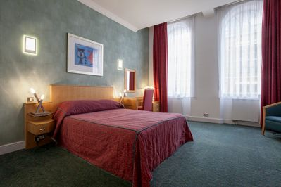 Unique Spacious Rooms In The Heart Of The City