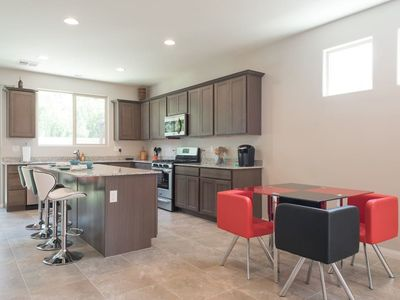 31-Day Home Rental - 5 Miles From Strip