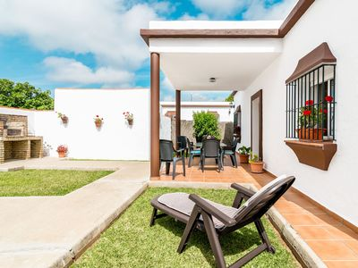 Photo for Holiday home with garden in residential area - Casa Antonia 1