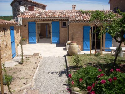 Photo for Lovely villa for 9 people 2mn away from the Régusse village high street