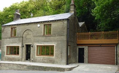 Photo for Spring Wood Cottage - cosy yet luxurious - sleeps 16 with hot tub spa room!