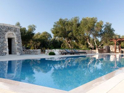 Photo for Luxury Villa with Trullo at the Pool side - 12 people - Beautiful Beaches