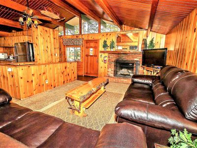 Photo for House in the center of Big Bear Lake with Parking, Internet, Washing machine (983685)