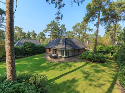 Photo for Beautiful villa in the middle of the woods with lots of privacy