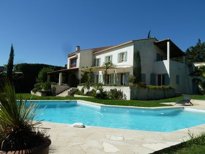 Photo for House Aix en Provence countryside setting + pool, 5 minutes from the historic center