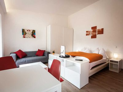 Photo for Apartment with double bed and balcony - studios +