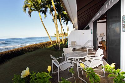 Kiahuna 1 lanai - perfect place for morning coffee, meals and afternoon drinks.
