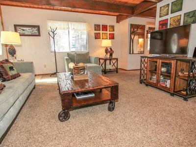 Photo for House in the center of Big Bear with Parking, Internet, Washing machine (983594)