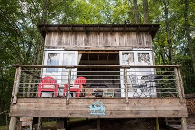 Cowgirl Cottage - Welcome to the wonderful world of glamping!