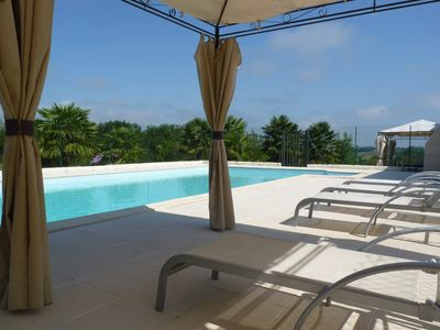 Photo for Gite at the foot of the Pyrenees, heated pool, WIFI, games room - Fitness
