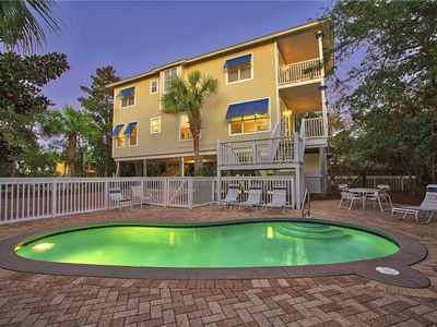 Photo for S.S. Minnow - Gulf View, Heated Private Pool, Walk to the Beach & Dining!
