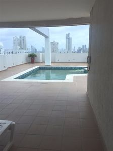 Photo for Spacious apt with pool access