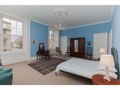Photo for Spacious, Elegant 4BR New Town Flat For 9