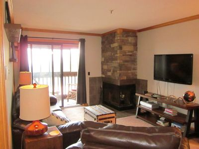 Photo for Newly renovated 2 Bedroom 2 Bath; Snowcrest Walking distance to slopes