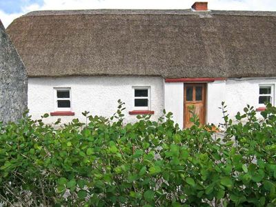 Photo for Callan Thatched Cottage, KILKENNY, COUNTY KILKENNY