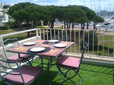 Photo for Cocoon lovely, offers a view on the 100m from the beach at Port