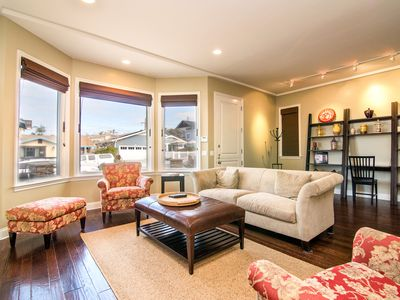 SHORT WALK TO THE BEACH FROM THIS REMODELED HOME