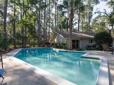 Photo for Bright dog-friendly house with a private pool and more!