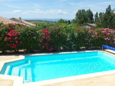 Photo for Villa with air-con, heated pool, jacuzzi, fenced garden and kids play equipment