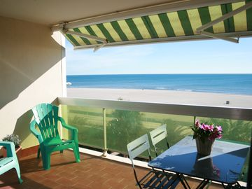 Search 284 holiday rentals