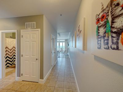 Photo for LUXURY PENTHOUSE LAKETOWN WHARF 20TH FLOOR Sleeps 8*3BR/2BA 18 TO RENT