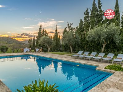 Photo for Historical house Mallorca pool wifi aircon/heat 8 pax