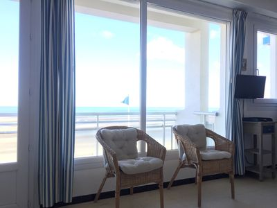 Photo for SUPER BRIGHT APARTMENT SEA VIEW 60 M2 / 6 PEOPLE + PRIVATE PARKING CLOSES