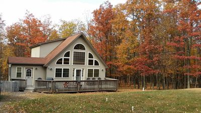 Pocono Chalet Vacation Home with Deck