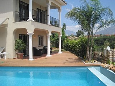 Photo for Prime location - Stunning 4 Bedroom Villa - Private Pool - Walk to the Port