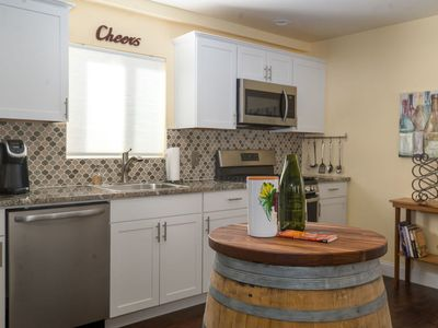 Photo for THE WINE BARREL-2 bed/2 bath Cottage Downtown Paso