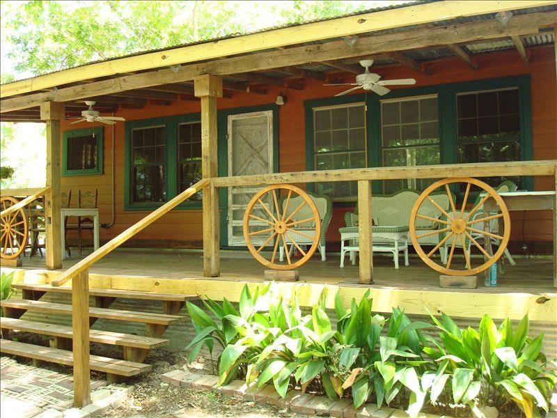 New Braunfels Cabin Rental   Covered Back Porch