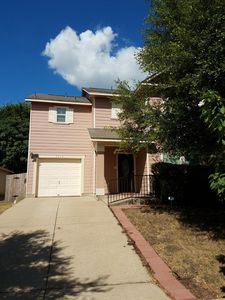 Photo for Cute & Spacious Pink House 10 Minutes from Downtown!